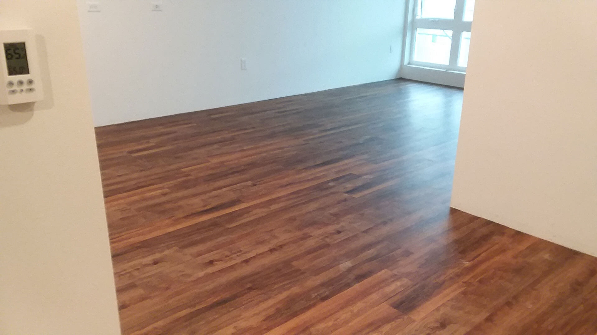 Empty Room at Stateside Apartments